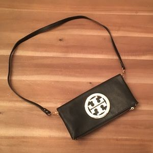 Fashion clutch bag with two straps